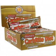 Universal Nutrition, Батончик Doctors CarbRite Diet, шоколадное арахисовое масло, 12 плиток, по 2 унции (56,7 г) каждая